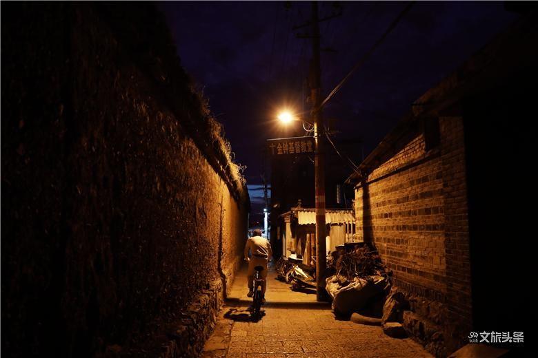 图集 | 夜色里古城的只言片语