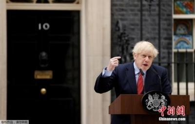 英国将实施新限制措施遏制疫情 约翰逊:或持续6个月