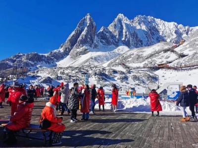 喜迎八方来客,笑纳四海宾朋!中国山岳旅游联盟成员单位走进玉龙雪山……