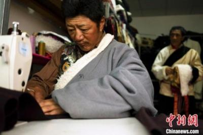 """西藏脱贫攻坚三大""""主战场""""相继宣布告别贫困"""