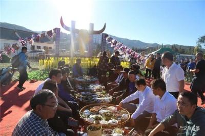 云上撒玛坝·醇情哈尼人 红河县2020年哈尼长街宴来啦!