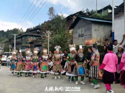 榕江高鸟村:人居环境整治让村子更宜居