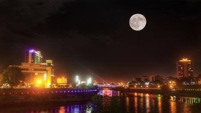 """【回眸十三五 梦想红河再出发】河口:提升""""两国一城""""国际范 接待数据同比增长318%"""