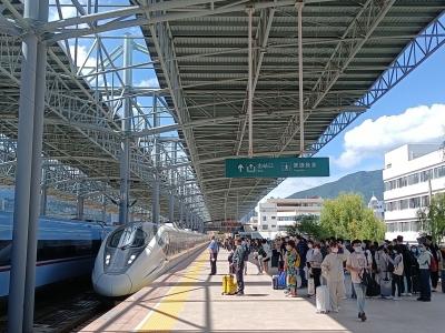 国庆黄金周云南铁路预计发送旅客220万人次 这些线路可享优惠
