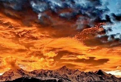 在香格里拉寻找一个藏在童话世界里的秋天