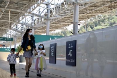 10月3日云南铁路预计发送旅客20万人次
