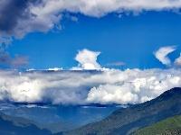 一起看看今天在朋友圈被刷屏的老君山云有多美!