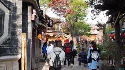 丽江古城恢复活力 还是游人最爱的样子