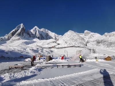 雪后初晴,我来秀此刻的丽江玉龙雪山了!