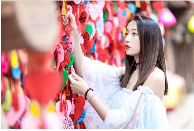春暖花开 丽江欢迎您|五一来丽江,打卡大研花巷别样玩法!