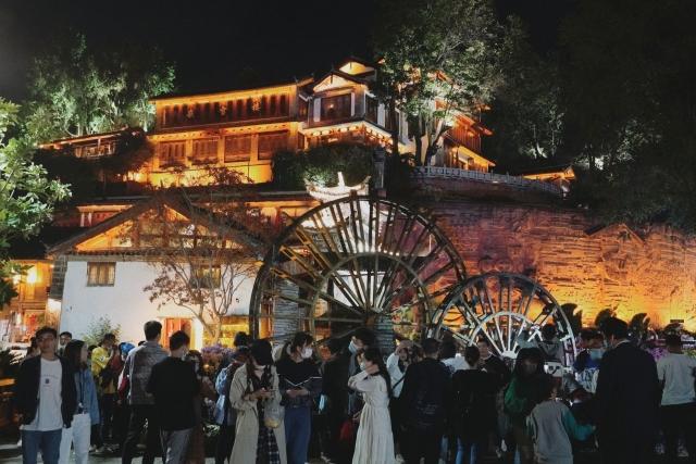 丽江古城景区上榜!文旅部公示第一批国家级夜间文化和旅游消费集聚区名单